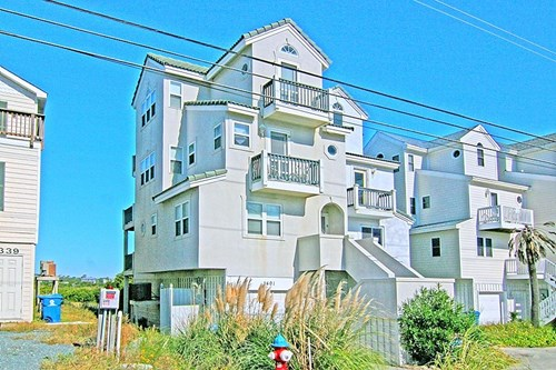 3 Bedroom Duplex For Sale on North Topsail Beach