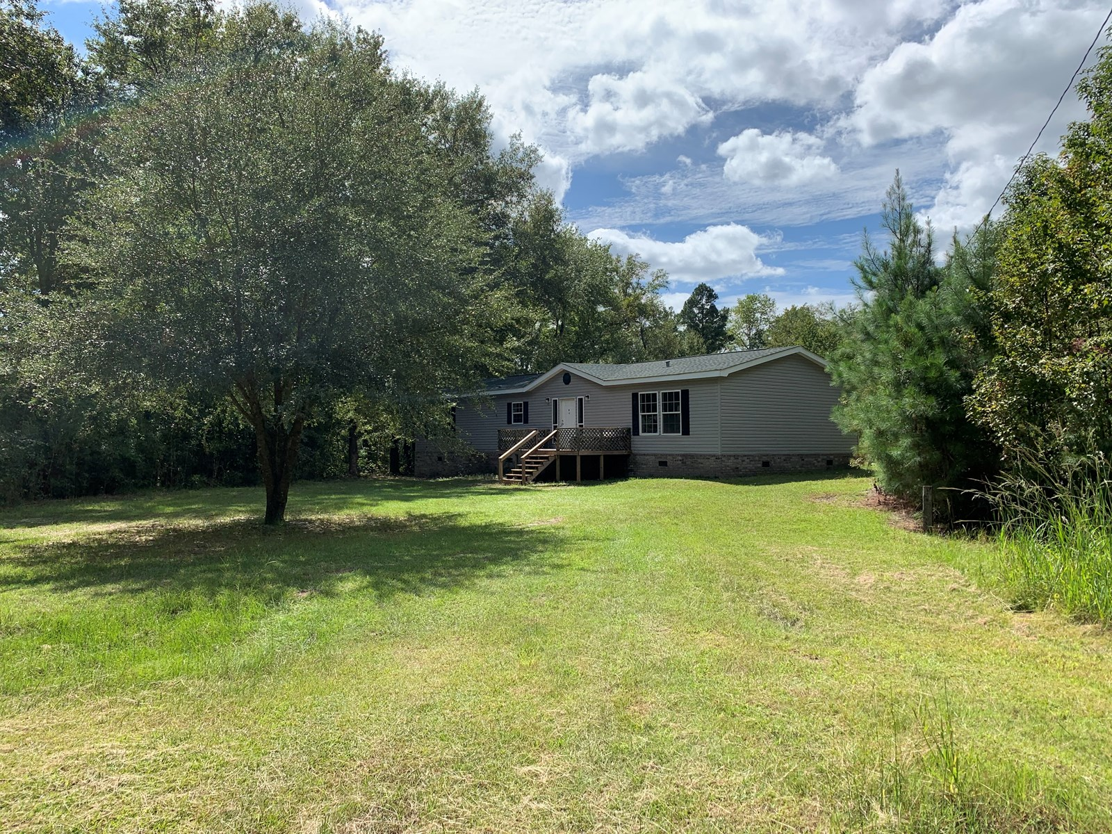Jasper County Country Home in Grays Community