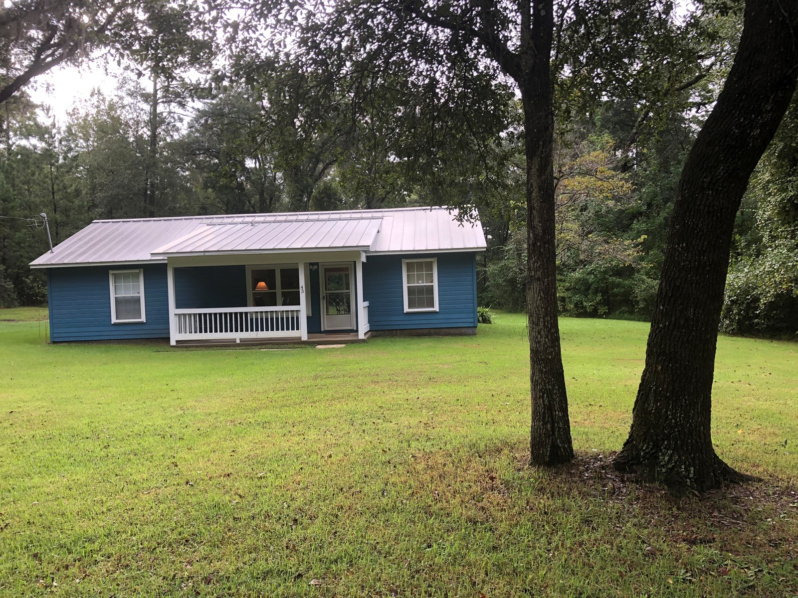 COUNTRY COTTAGE WITH 5 ACRES FOR SALE IN NORTH FLORIDA