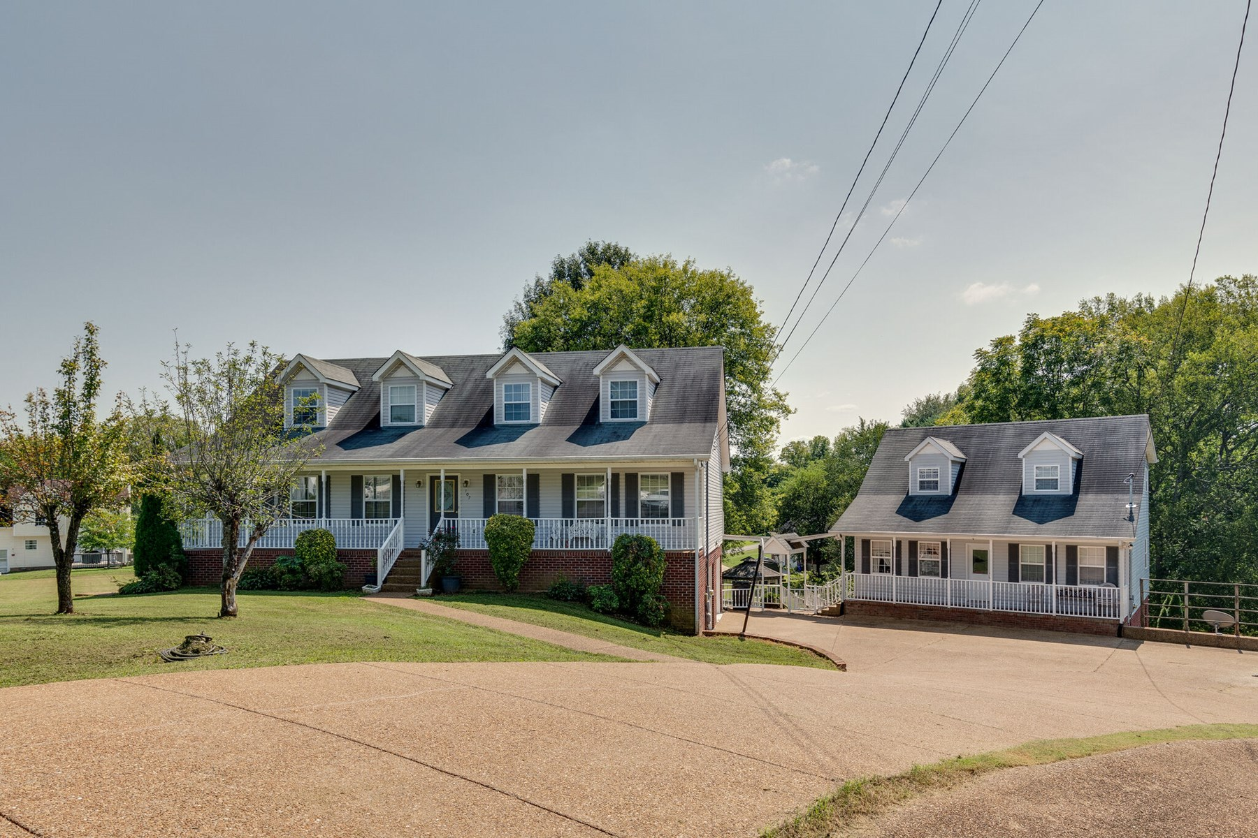 Home with In-Law Quarters for Sale, in Columbia, Tennessee