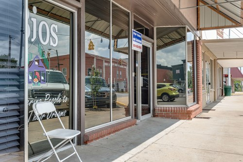 Commercial Property for Sale in Hohenwald, Tennessee
