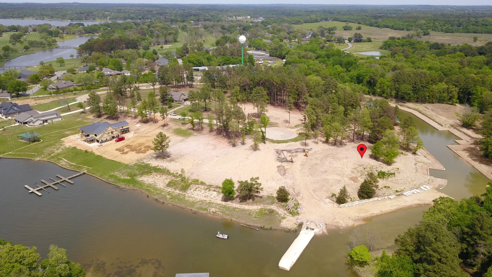 GORGEOUS WATERFRONT LOT ON LAKE PALESTINE IN EAST TEXAS