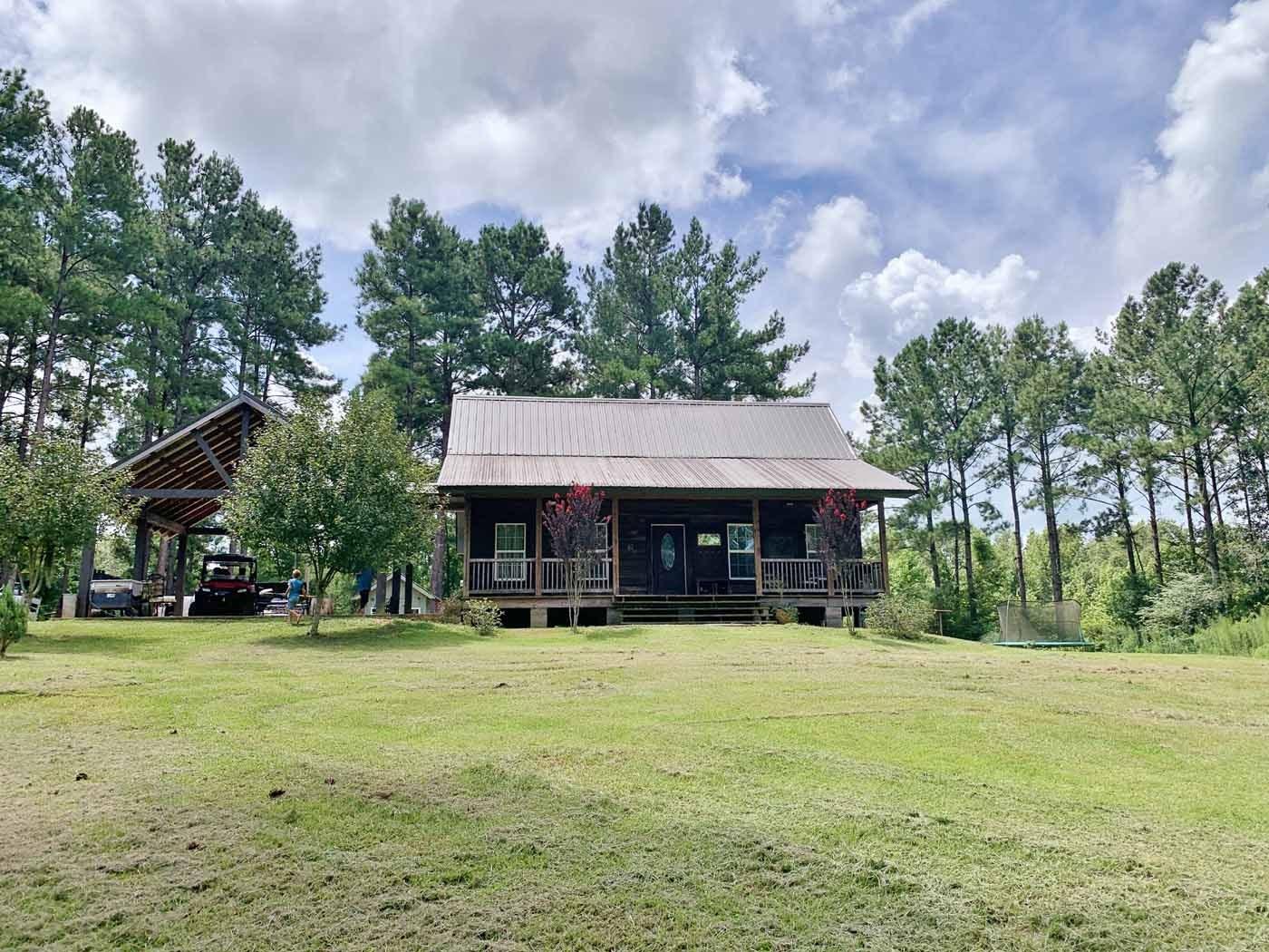 3 Bed/2  Bath Cabin, 30 Acres Land for Sale SW MS