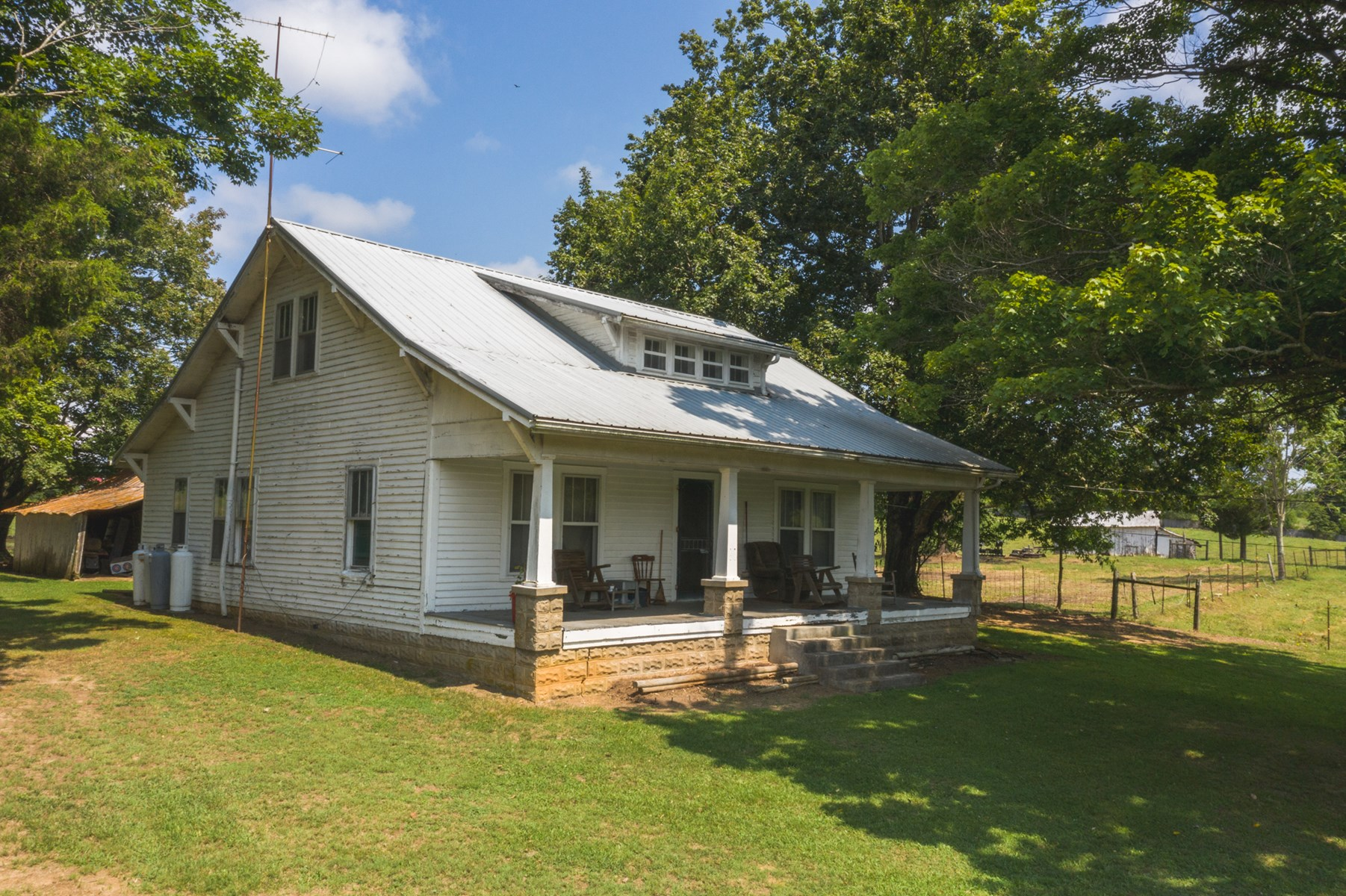 2 BR, 1 BA Country Home in Hawkins CO, TN