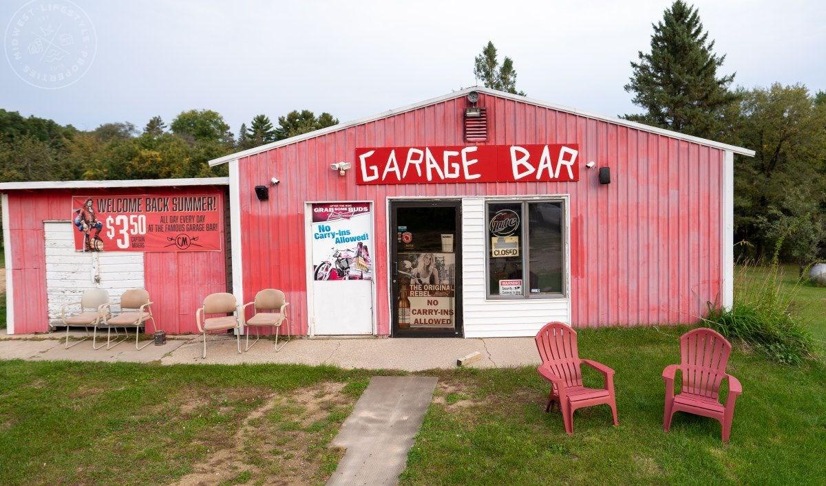 Famous Garage Bar Juneau County Wisconsin
