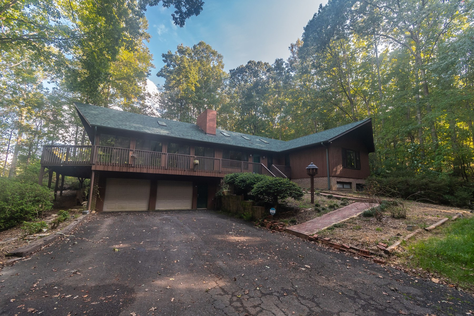Home For Sale Buena Vista Drive Pilot Mountain N.C.