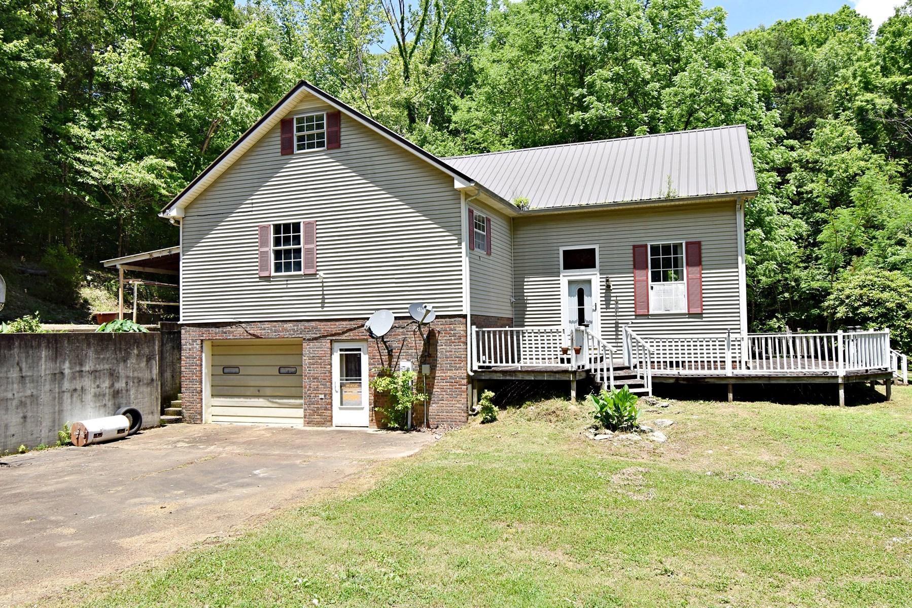 3 Bedroom 4 Bath Home 2.88 Ac $195,000