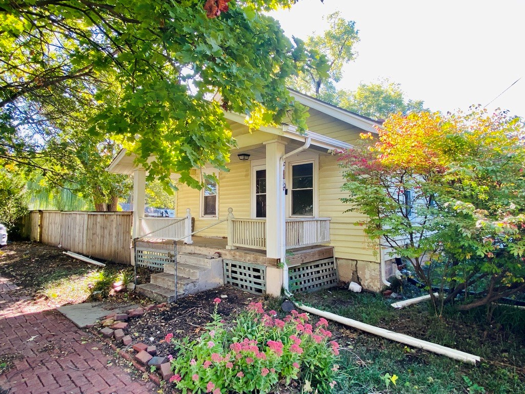 Four Room Bungalow Home in Lawrence, Kansas For Sale