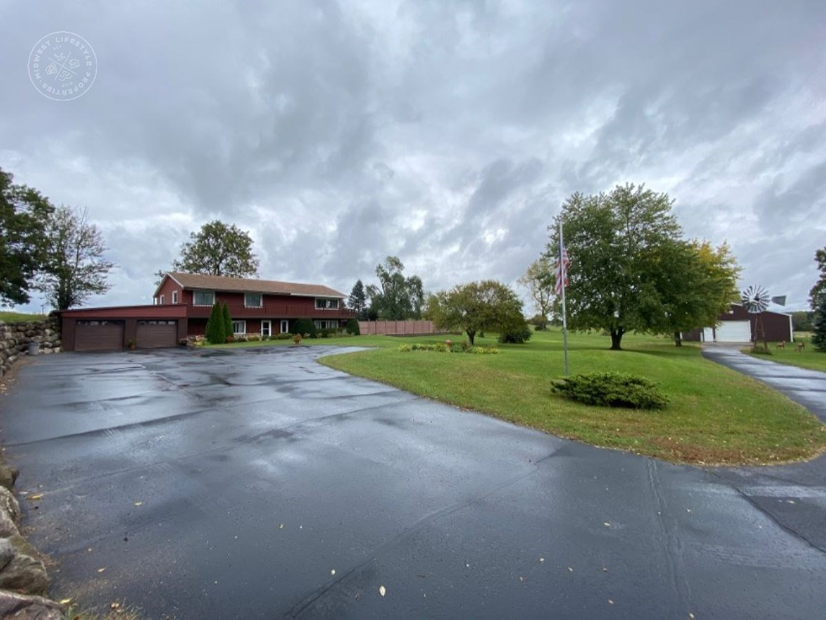 18 Acre M3 Zoned Property with Home in Portage WI
