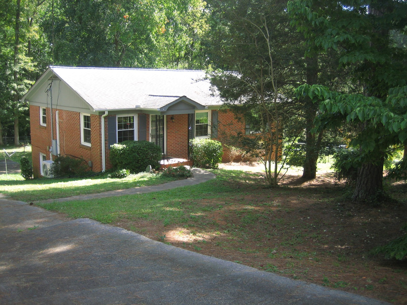 Home For Sale in Matthews NC