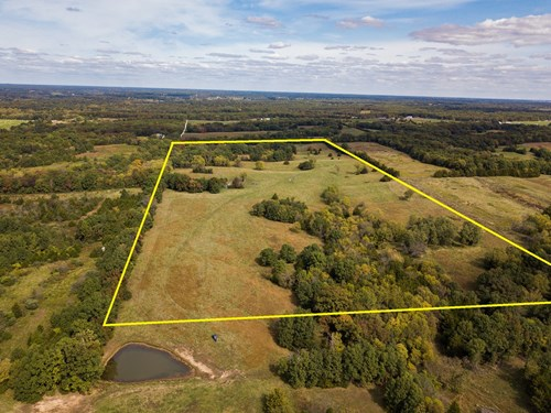 Boone County Home Site, Pasture, and Recreational Auction 3