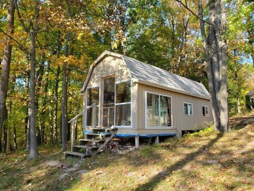 Ridge Top Retreat Cabin for Sale in WI