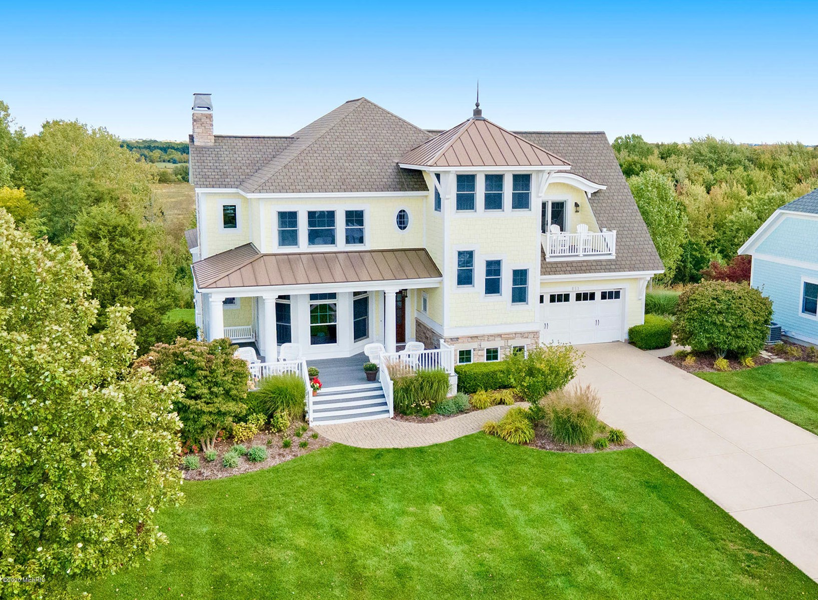 Spectacular Lake Michigan property in gated community