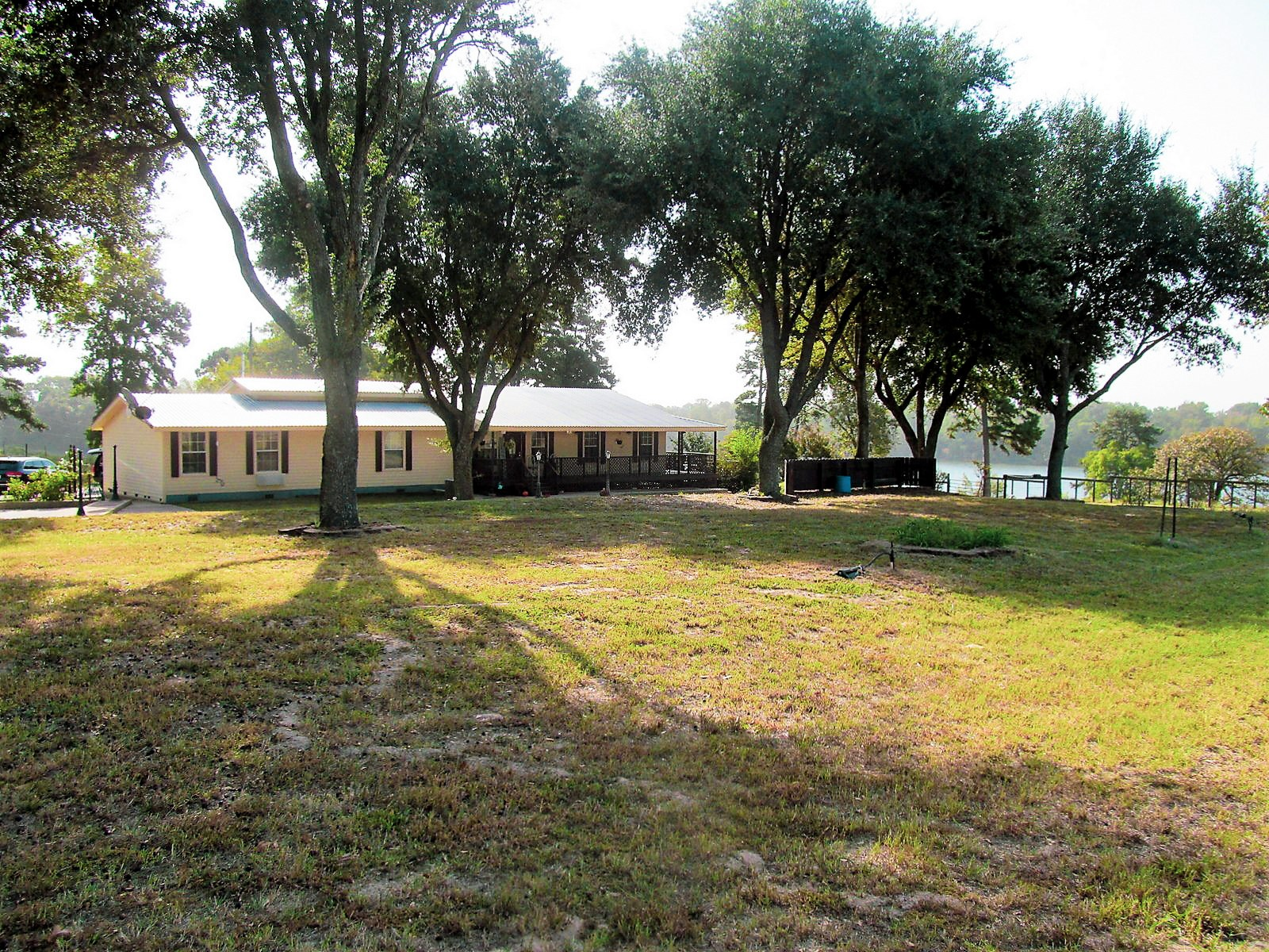 3/3/2 OVER AN ACRE IN WINNSBORO, TEXAS - FRANKLIN COUNTY TX