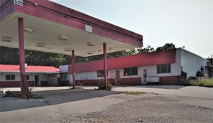 COMMERCIAL BUILDING FOR SALE
