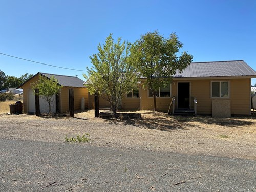 2bed/1bath home in New pine Creek. Second lot is included.