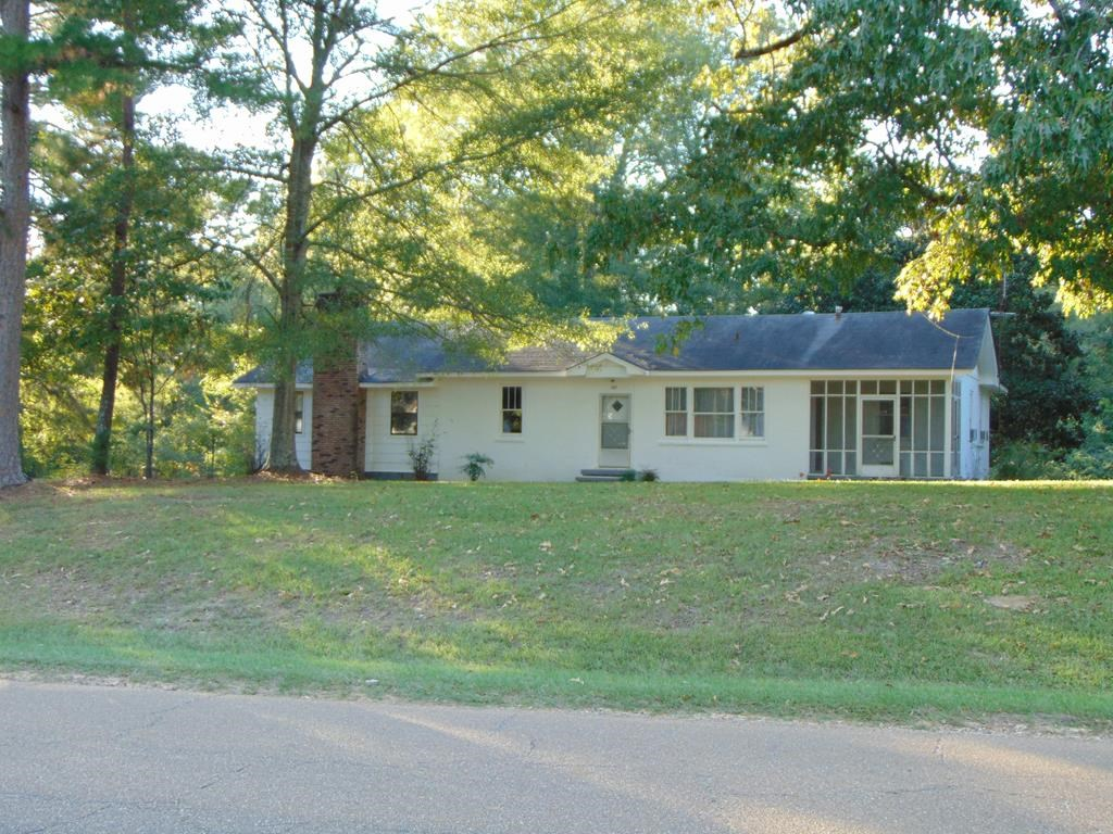 Home in Town For Sale Copiah County Wesson Mississippi