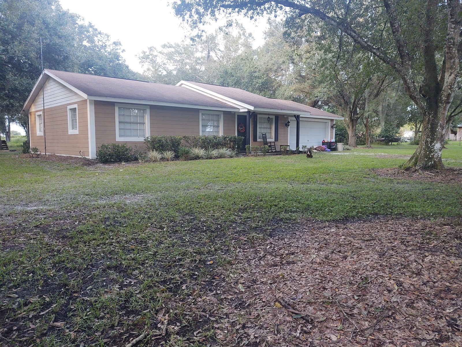 2 BR 2 BA CBS HOME W/LARGE GARAGE ON OVER 4 ACRES!