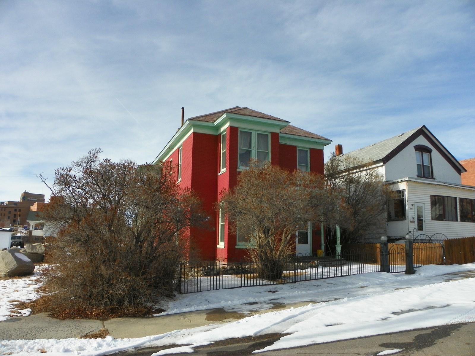 Historic Duplex in Uptown Butte