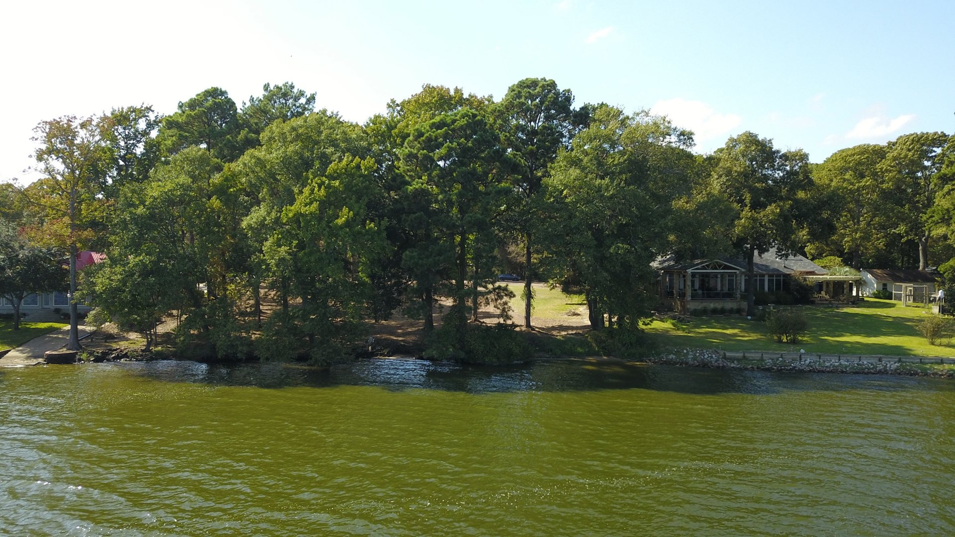 WATERFRONT LOTS FOR SALE | LAKE PALESTINE REAL ESTATE