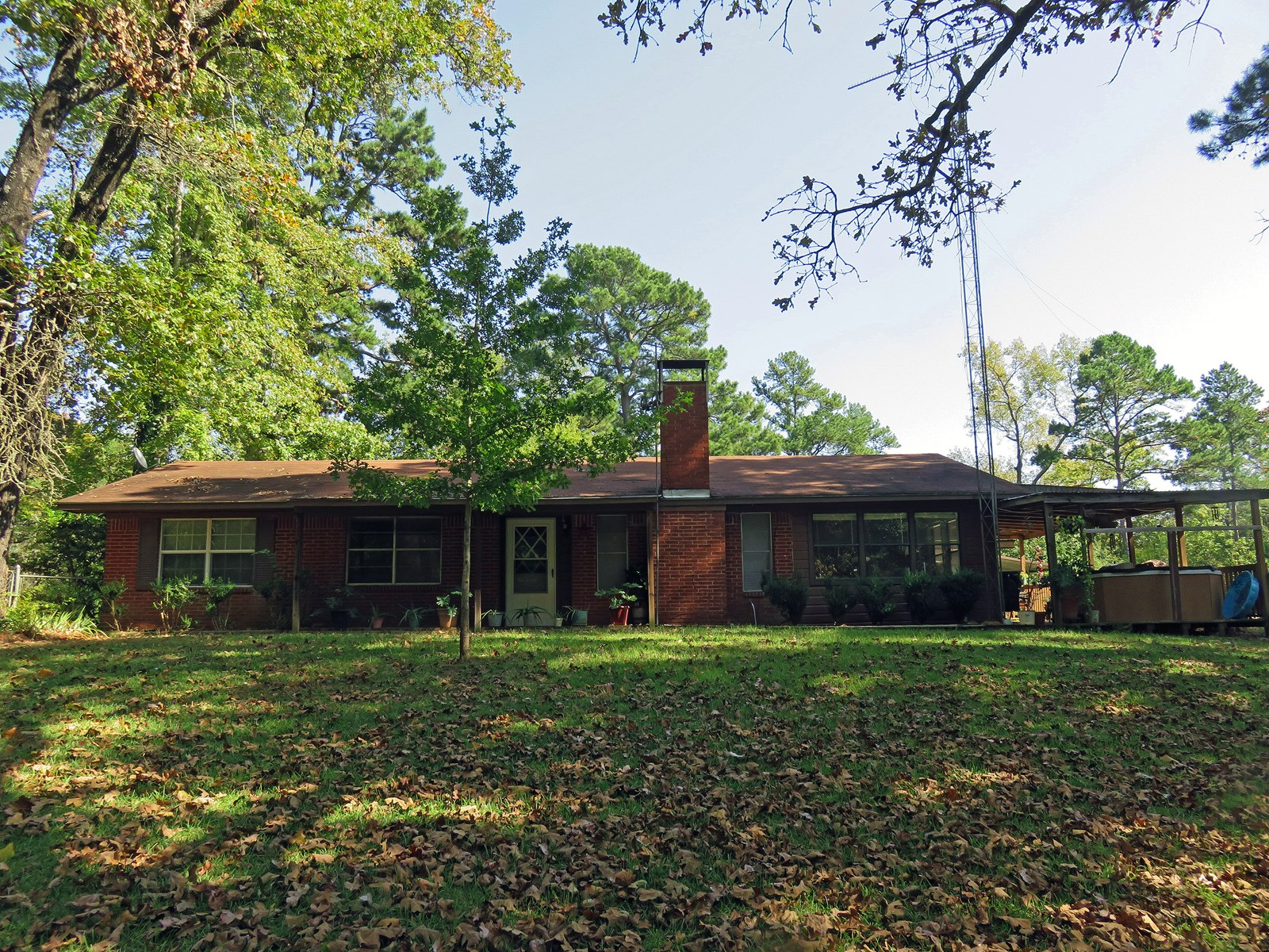 HOME ON 11 ACRES FOR SALE IN ELKHART TEXAS