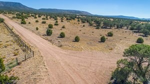 FENCED HORSE PROPERTY FOR SALE BORDERS STATE TRUST LAND