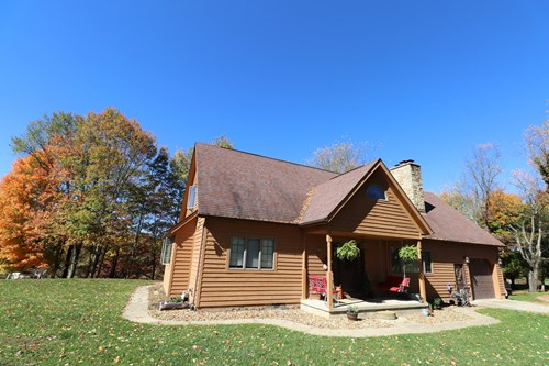 Country Home on 15 acres, Muskingum County