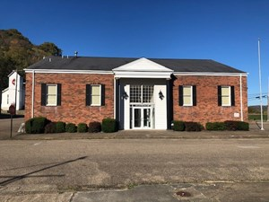 CLARINGTON, OH BUSINESS LOCATION & BUILDING FOR SALE
