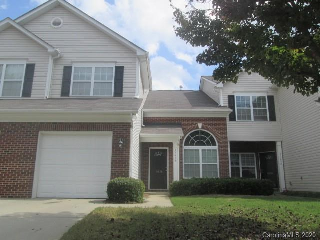 Townhome For Sale in Pineville, NC