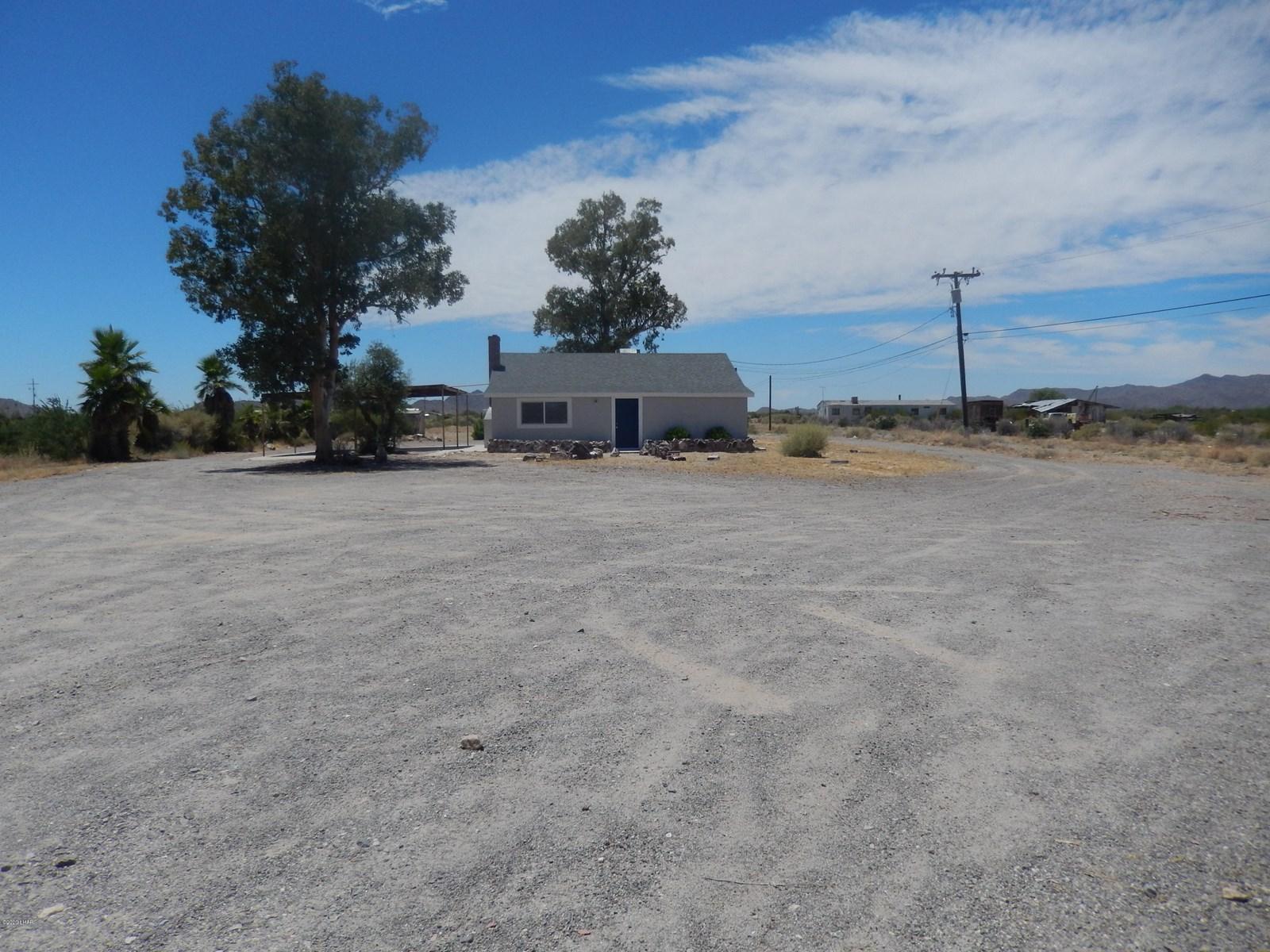 Home on 2.5 Acres Salome AZ