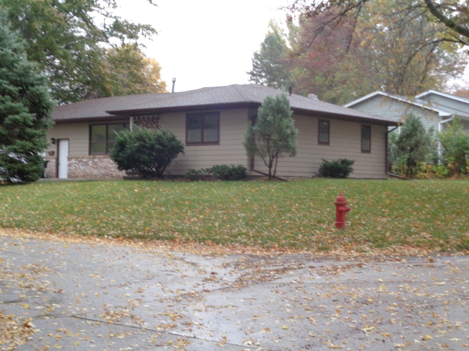 HOME FOR SALE IN MAPLETON IA