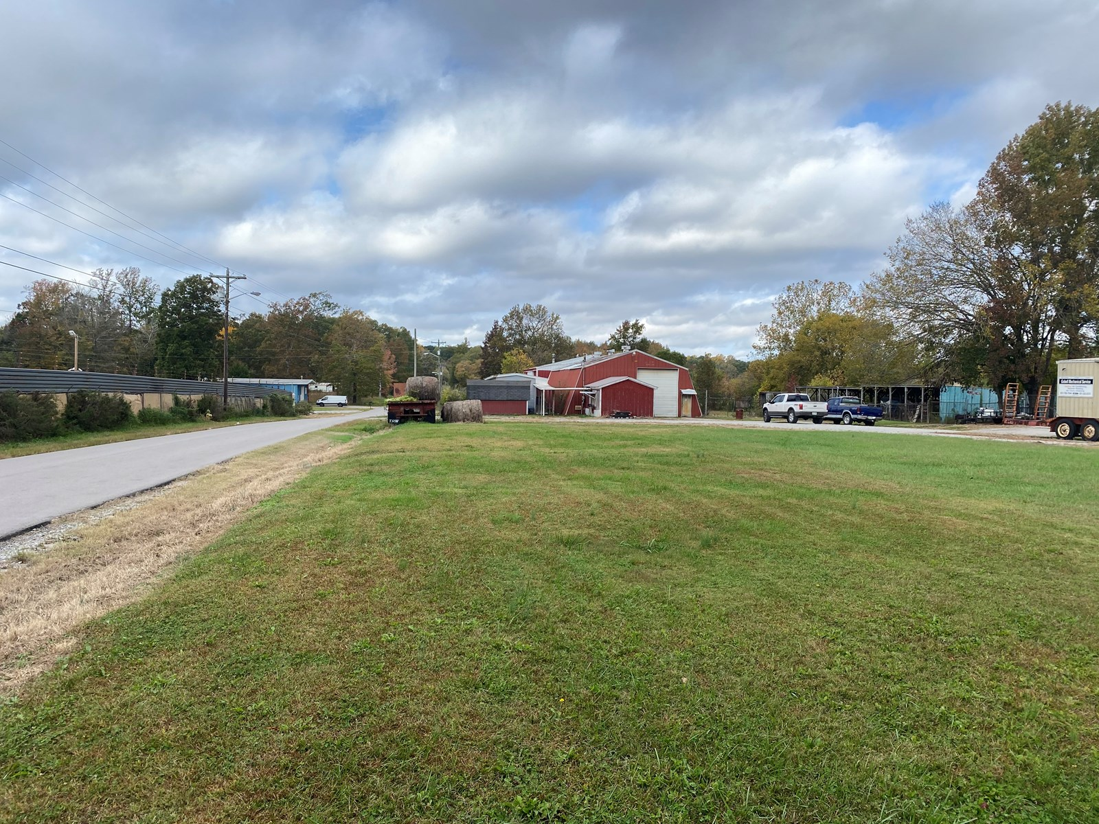 COMMERCIAL LOT FOR SALE IN LAWRENCEBURG TENNESSEE BUFFALO RD