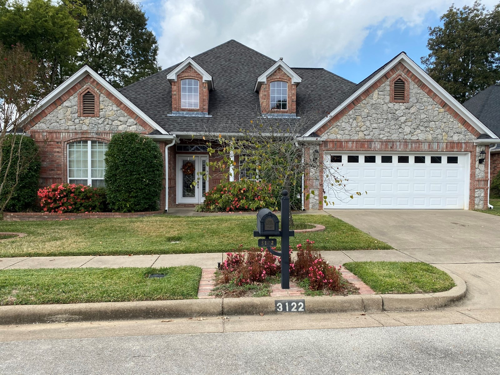 Granbury Court Home for Sale in Tyler Texas Smith County