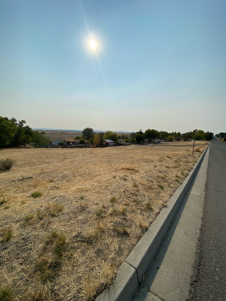 Lot For Sale in Town. Views! Alturas, CA