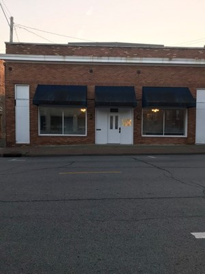 COMMERCIAL PROPERTY FOR SALE IN NEVADA MISSOURI