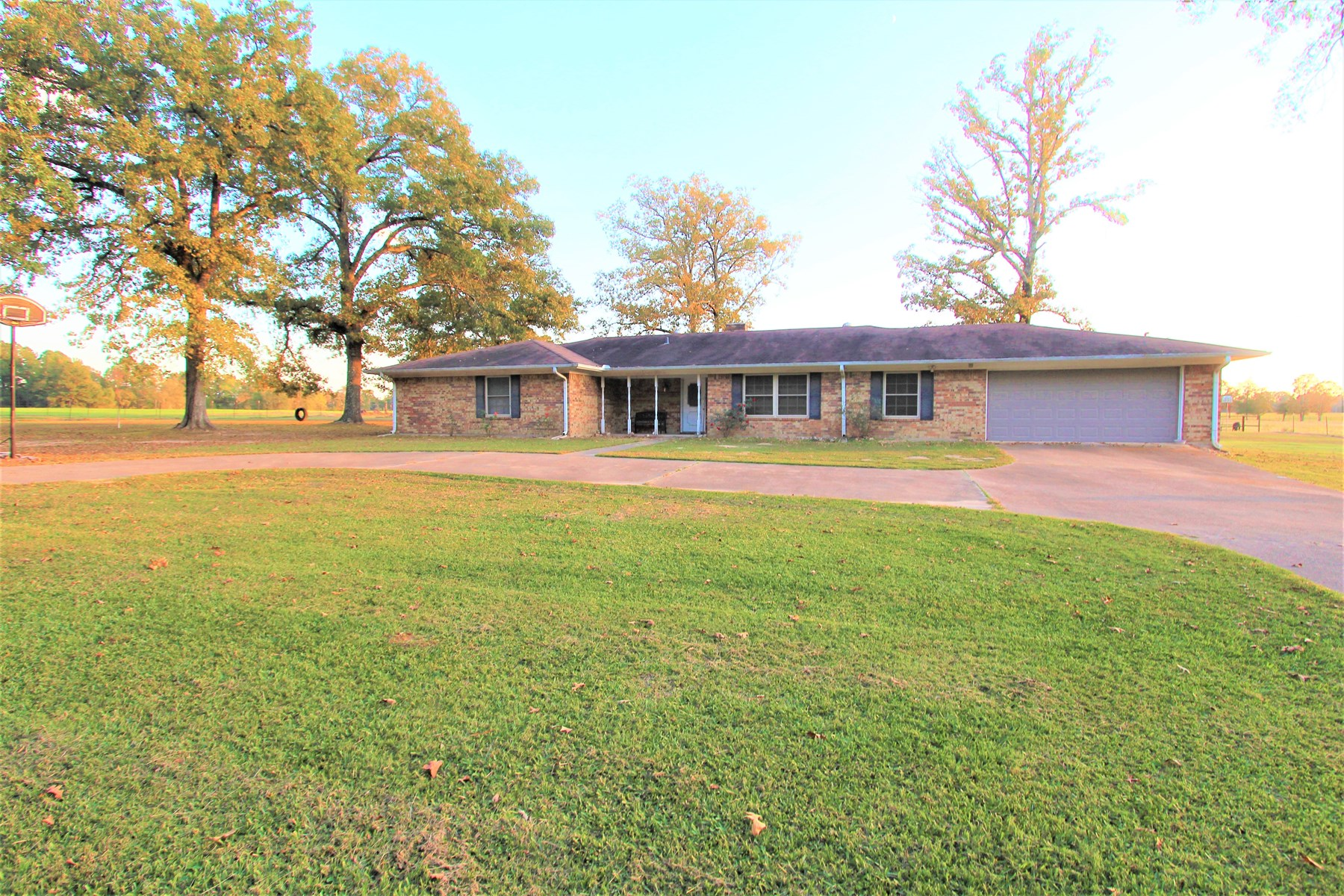 Large Country Home For Sale Bogata Texas Red River County