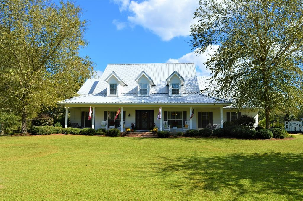 4 Bed/3.5 Bath Country Home for Sale in Lincoln County, MS