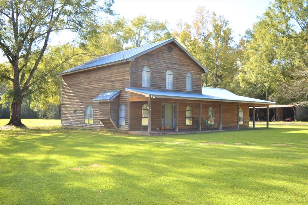 Rustic Style Home for Sale in North Pike School District MS