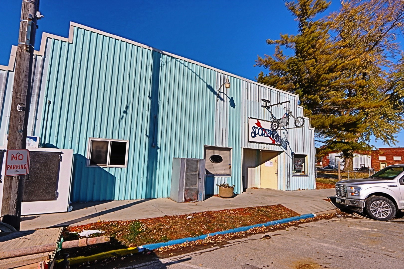 Bar and Grill, Grocery and Gas for Sale Pisgah, IA