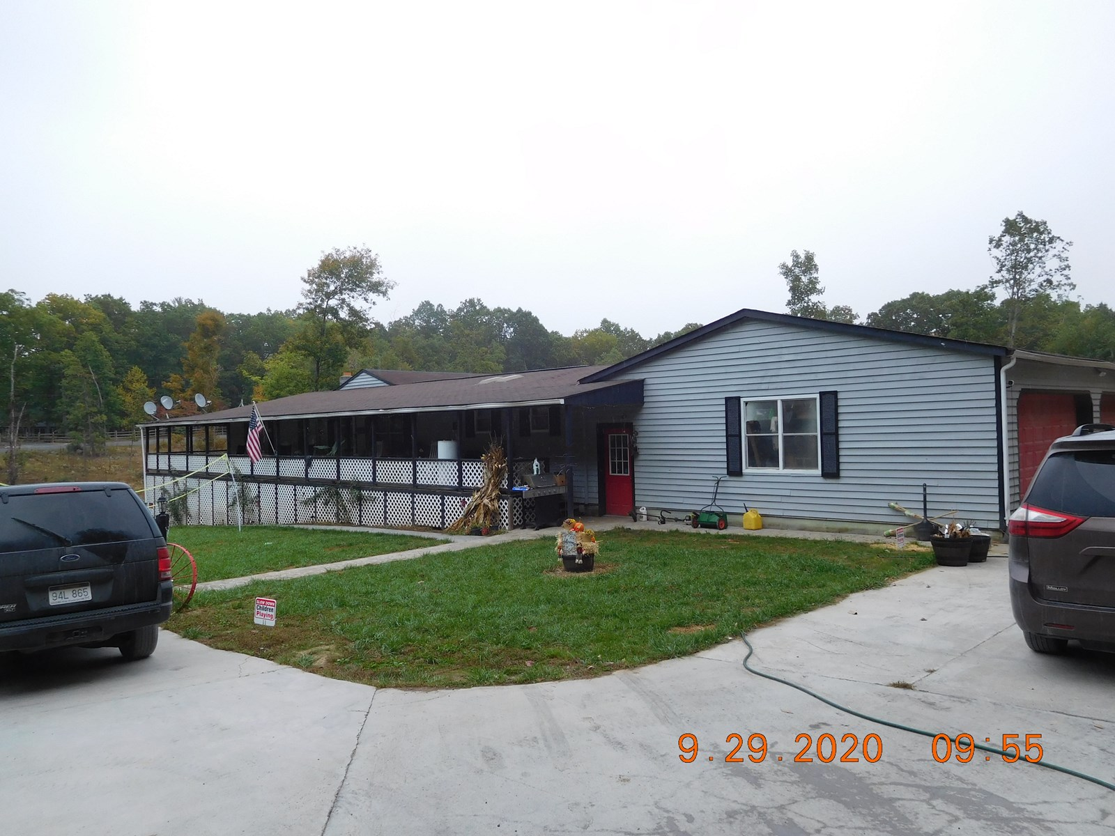 Spacious double-wide on almost 5 acres