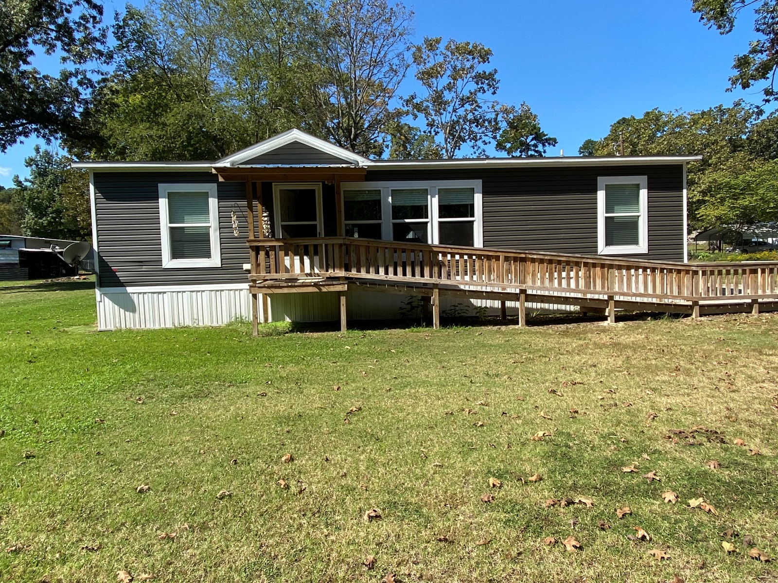 Home at Lake O' The Pines, Marion County, Avinger, Texas