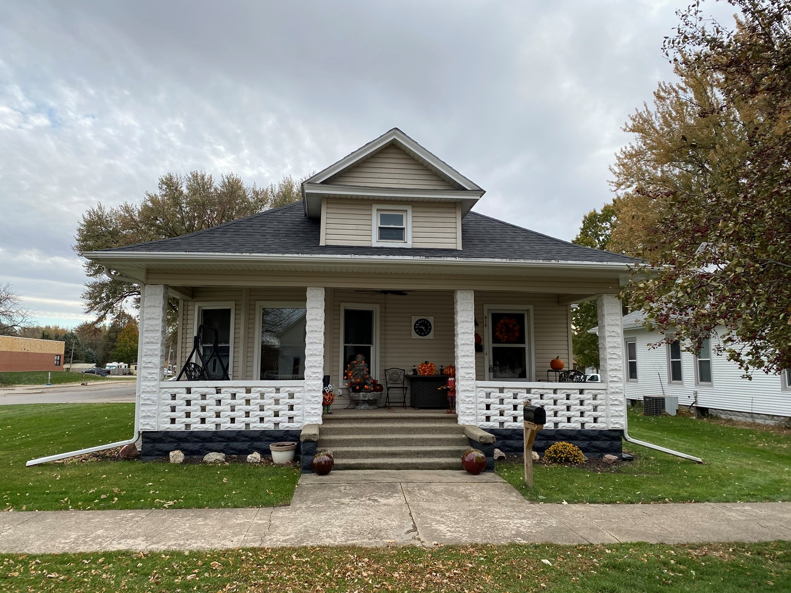 Bungalow For Sale, Dunlap, IA, Harrison Co.