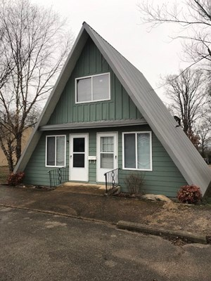 COMMERCIAL BUILDING IN DOWNTOWN LEAD HILL, ARKANSAS FOR SALE