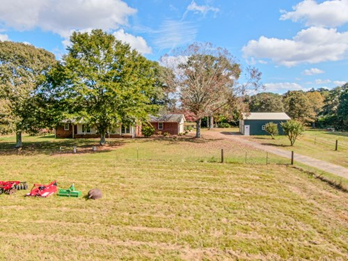 Brick Ranch Home for Sale in Anderson SC!