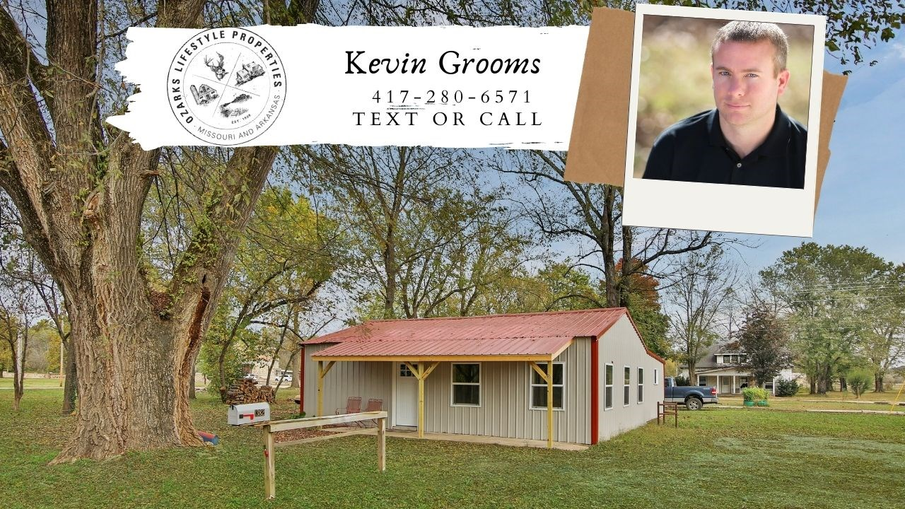 House in the Ozarks For Sale Near The Eleven Point River