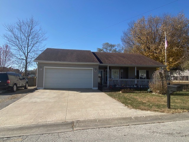 NO STEP HOME FOR SALE IN CAMERON MO