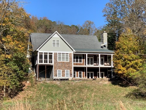PRIVATE FARM FOR SALE IN TN. CREEK , BARN, FENCING, HUNTING,