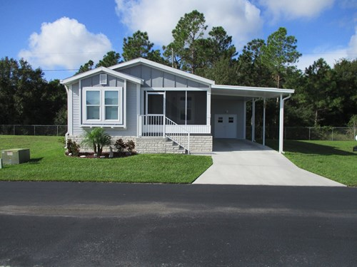 55+ GOLF COURSE COMMUNITY, 2/2 HOME BUILD IN 217, LILY LAKE
