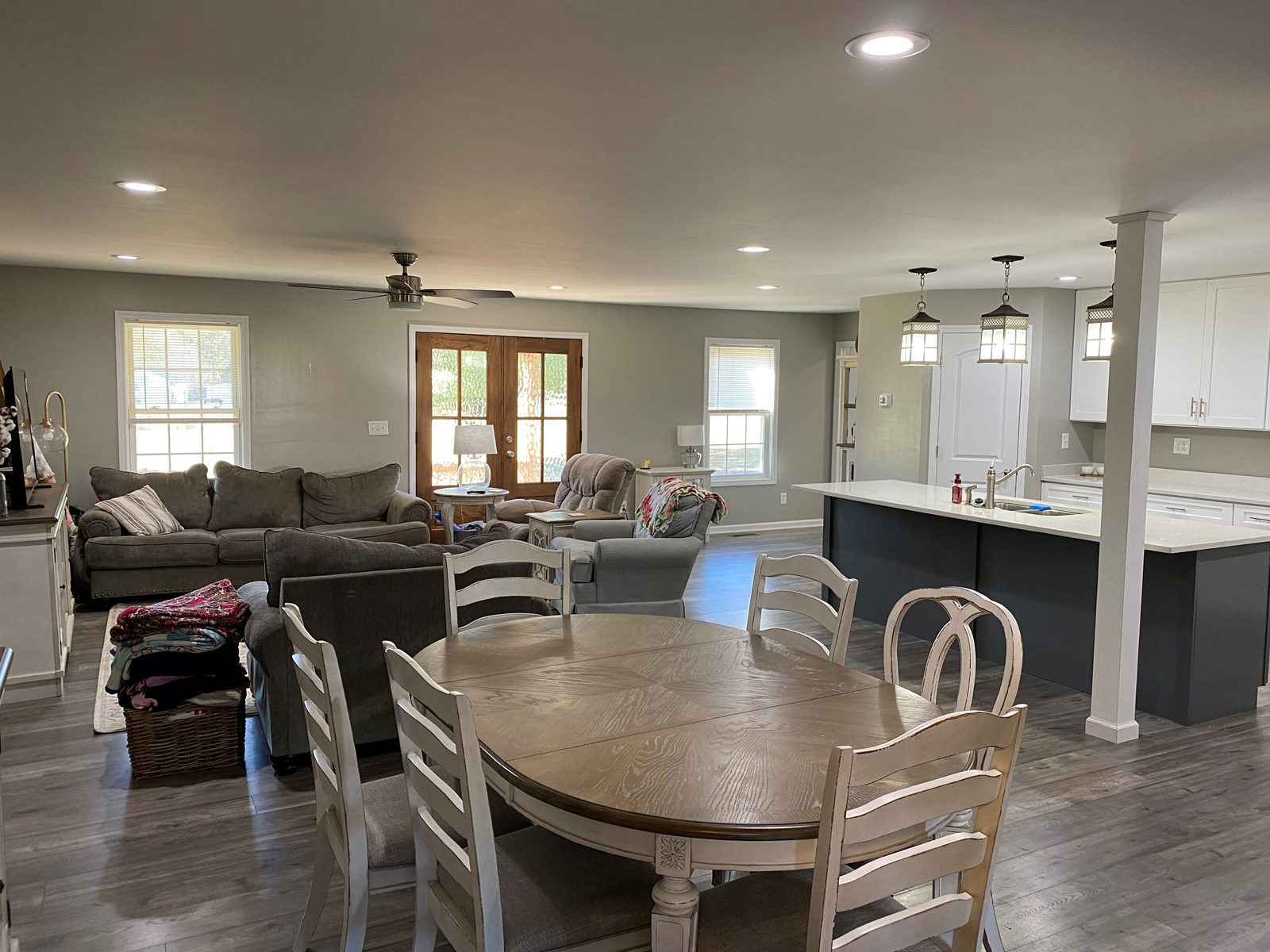 REMODELED COUNTRY HOME IN TN FOR SALE, SHOP & CREEK 4 ACRES