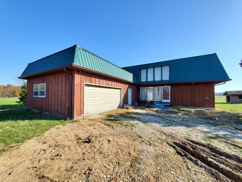 4 Bedroom, 2 Bath Country Home For Sale at Auction